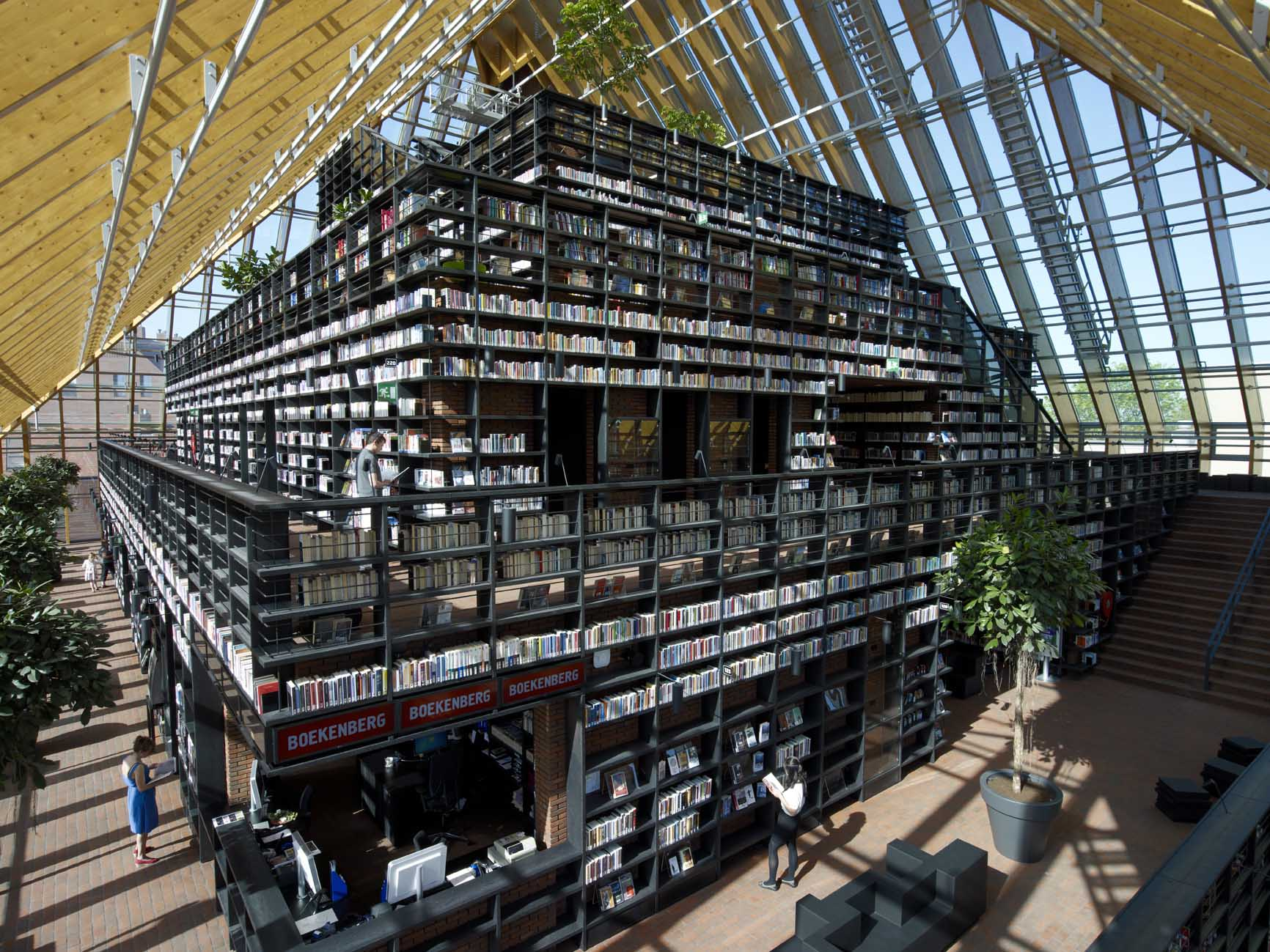 book mountains wins BEST LIBRARY in THE NETHERLANDS 2012 - second prize