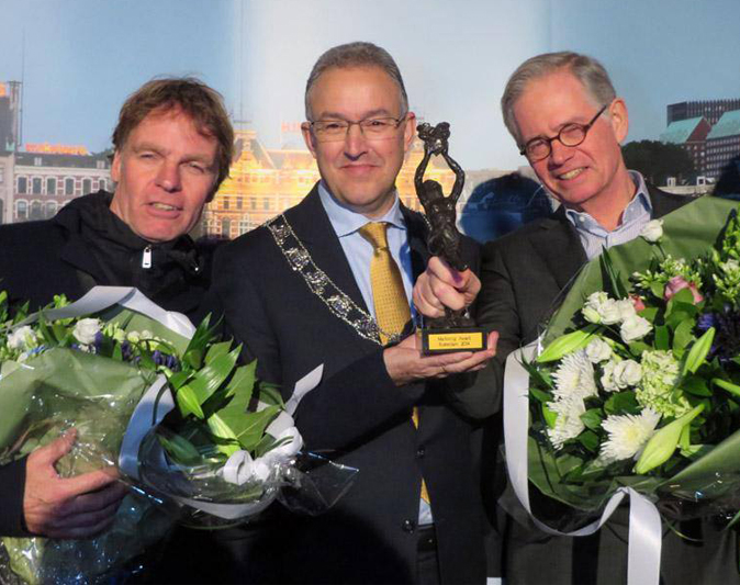 Winy Maas and Hans Schröder win Rotterdam's Marketing Award 2014 for Markthal Rotterdam