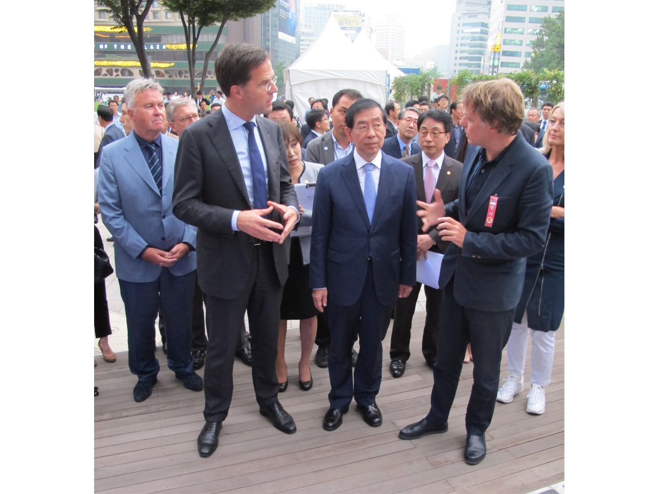 MVRDV and Dutch Prime Minister, Mark Rutte visit South Korea